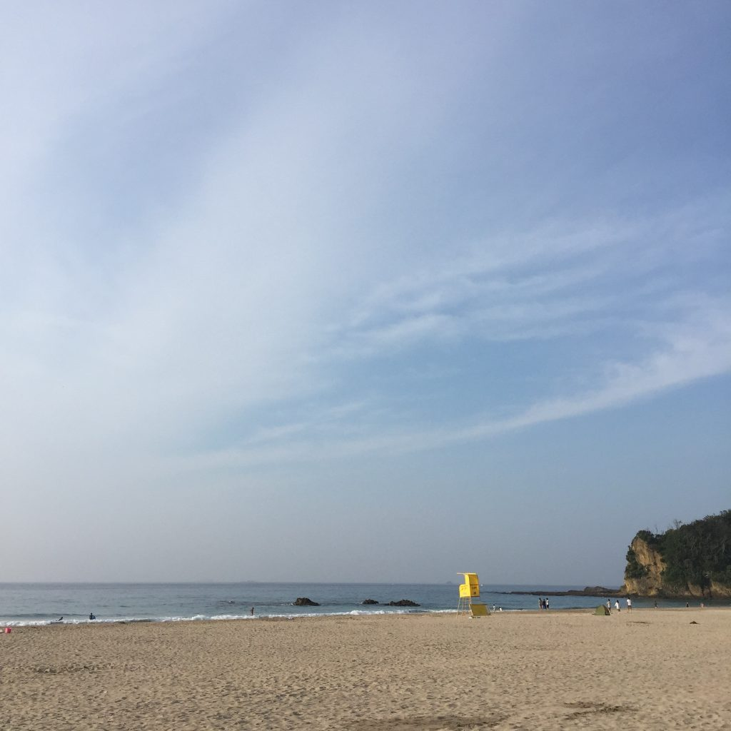 海の日の入田浜